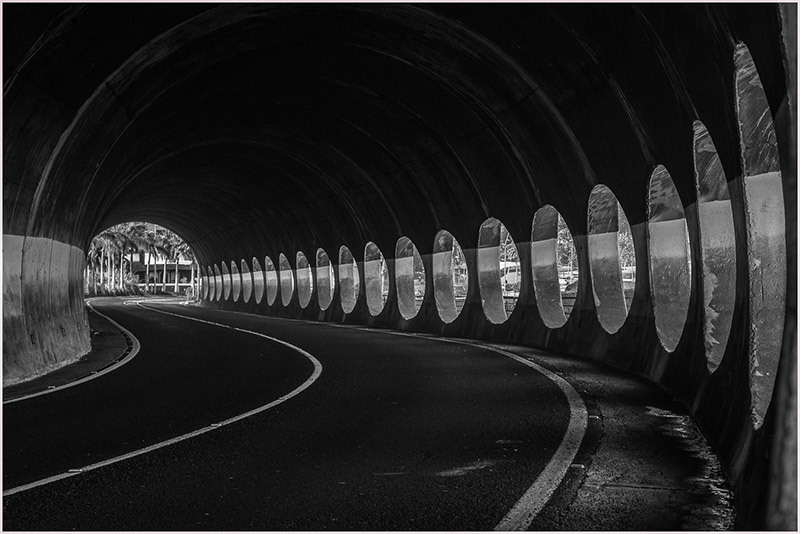 Into-the-Tunnel-800
